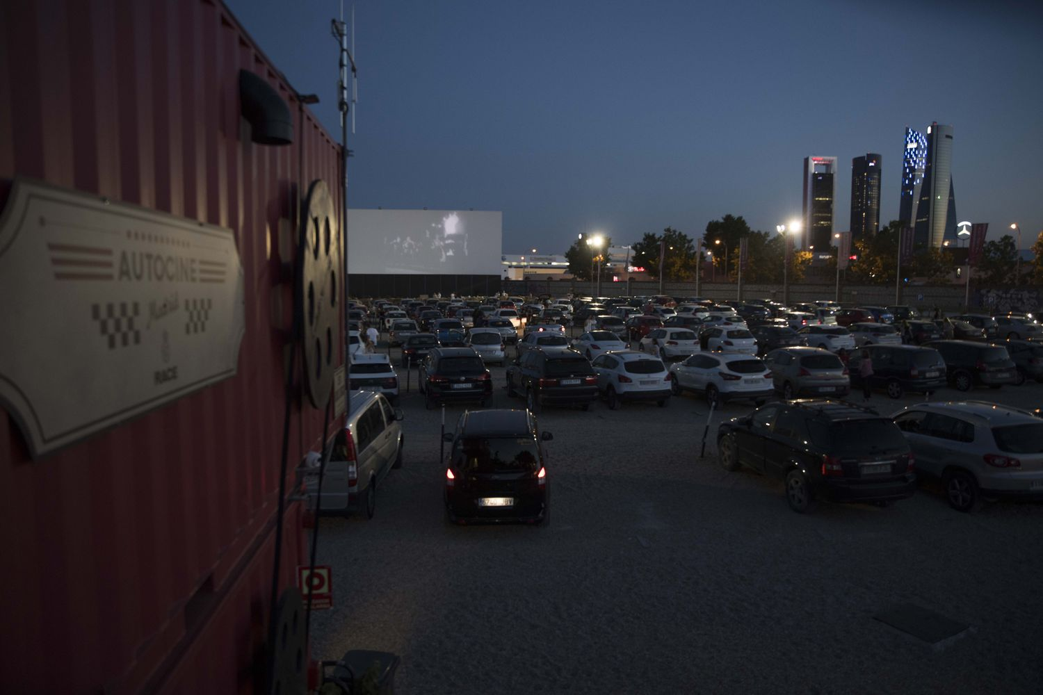 Projection, à l'été 2018, au cinéma Drive-in de Madrid RACE.